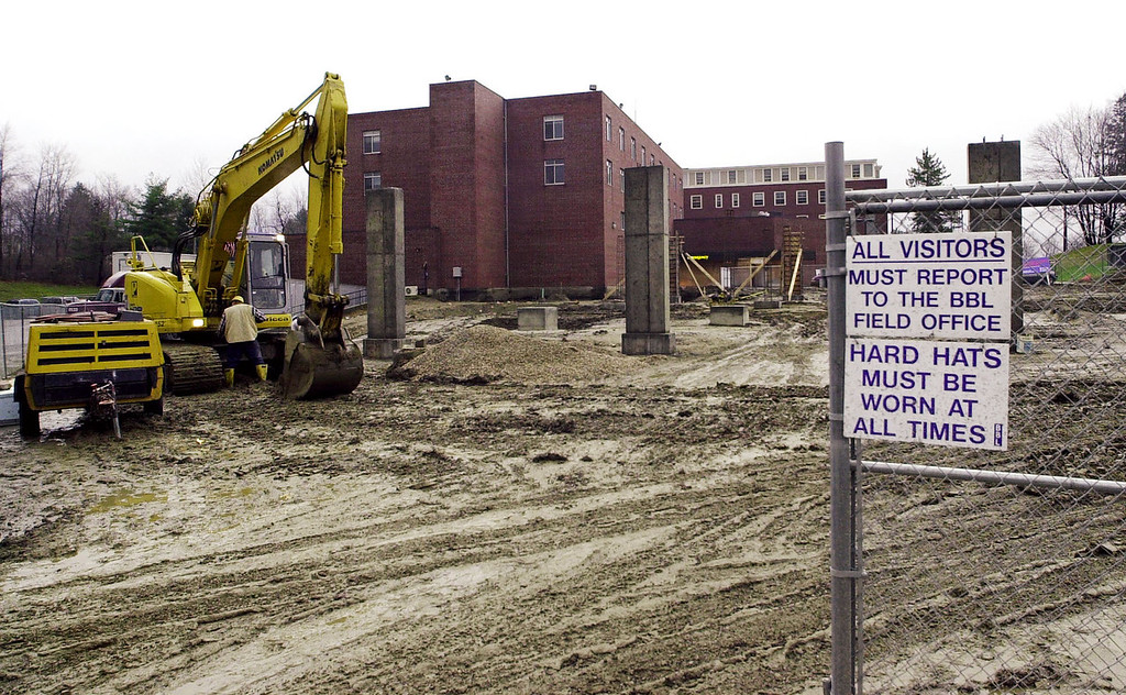 Description of . Work begins on a new doctors  building behind North Adams Regional Hospital near its  emergency department. The $8 million project, being built by a New York development company, will house around 14 doctors and their staff.  Ben Garver / Berkshire Eagle Staff 12/14/2001