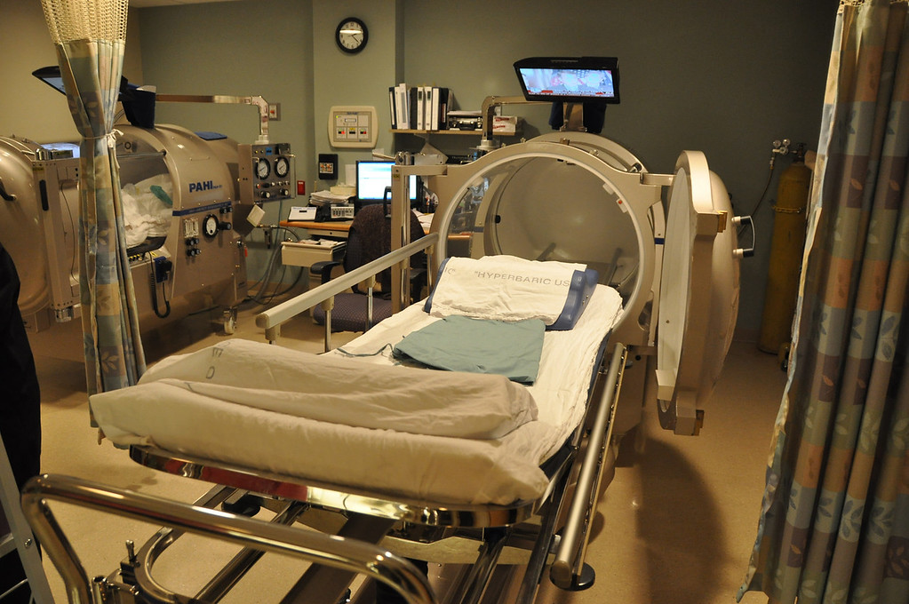 . Gillian Jones/North Adams Transcript File One of the two hyperbaric chambers that North Adams Regional Hospital has in their Wound Center.