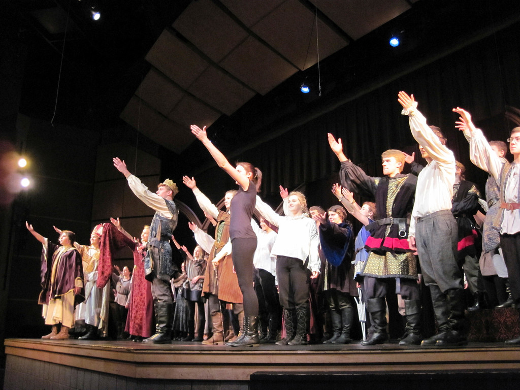 ". The cast of Lenox Memorial High School\'s production of ""Richard III\"" for Shakespeare & Company\'s 25th annual high school Fall Festival of Shakespeare makes a curtain call after a recent in-school performance. The Fall Festival\'s public performances take place Thursday through Sunday. Jenn Smith/Berkshire Eagle Staff Thursday, Nov. 14, 2013"