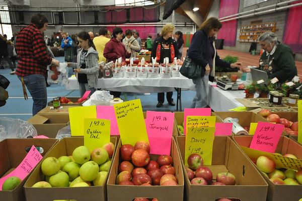 Thanksgiving Holiday Farmer's Market-112215